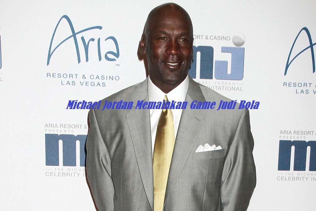 Michael Jordan Memainkan Game Bola
